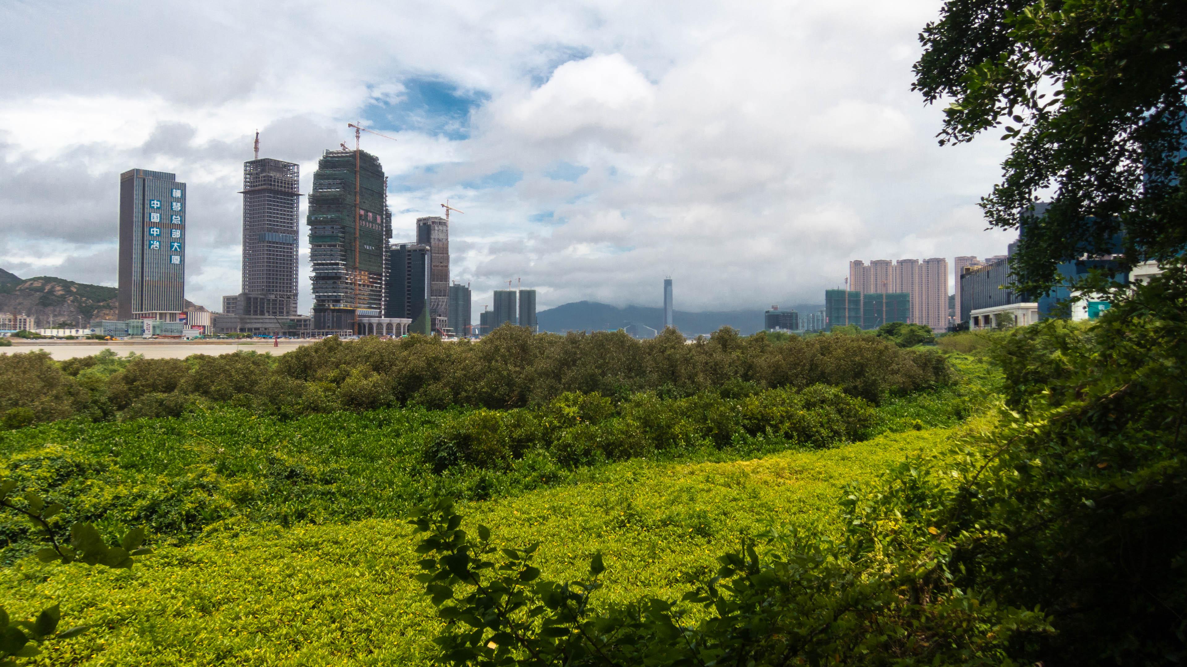 Links VR China, rechts Macau